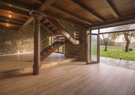 33332 – Casa restaurada en Castro-Meilan