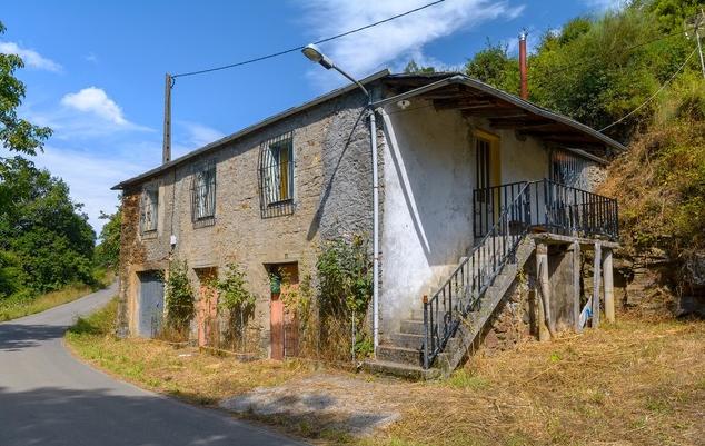 34731 – Casa en venta en Neira de Rei