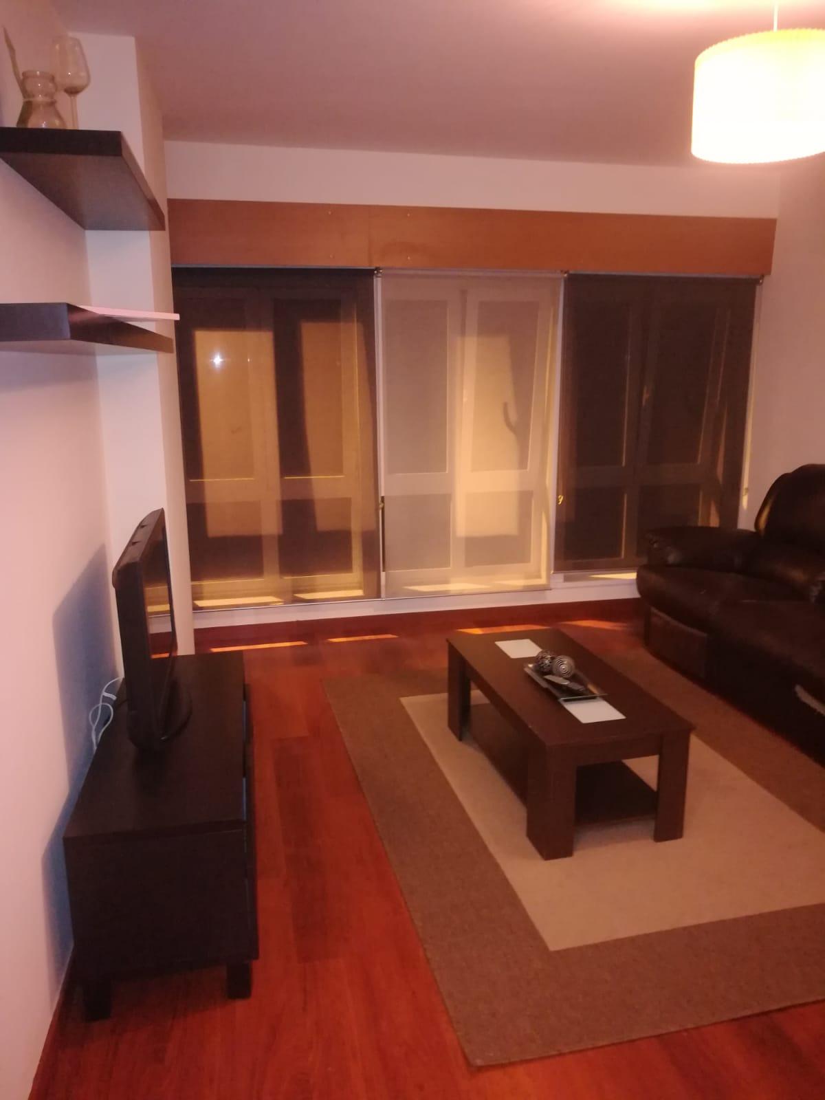 33765 – Alquiler apartamento en Ronda de la Muralla
