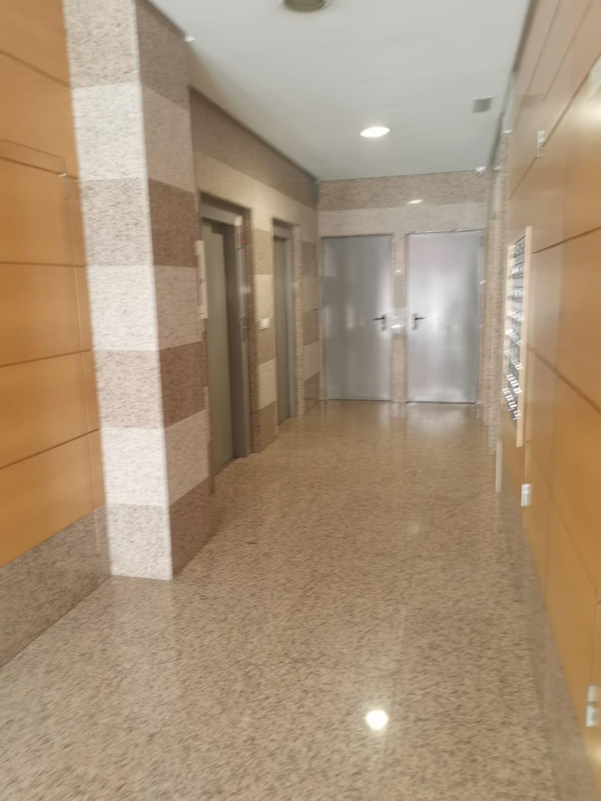33828 – Apartamento en Avenida de la Coruña
