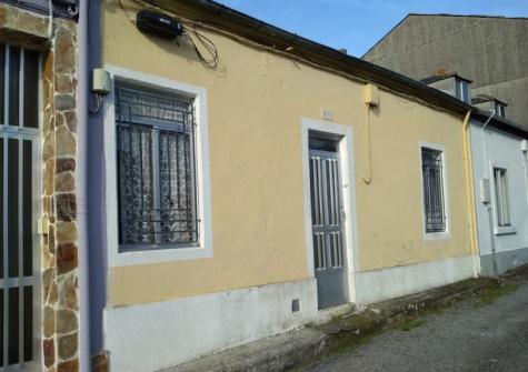 35294 – Casa para reformar en Abella