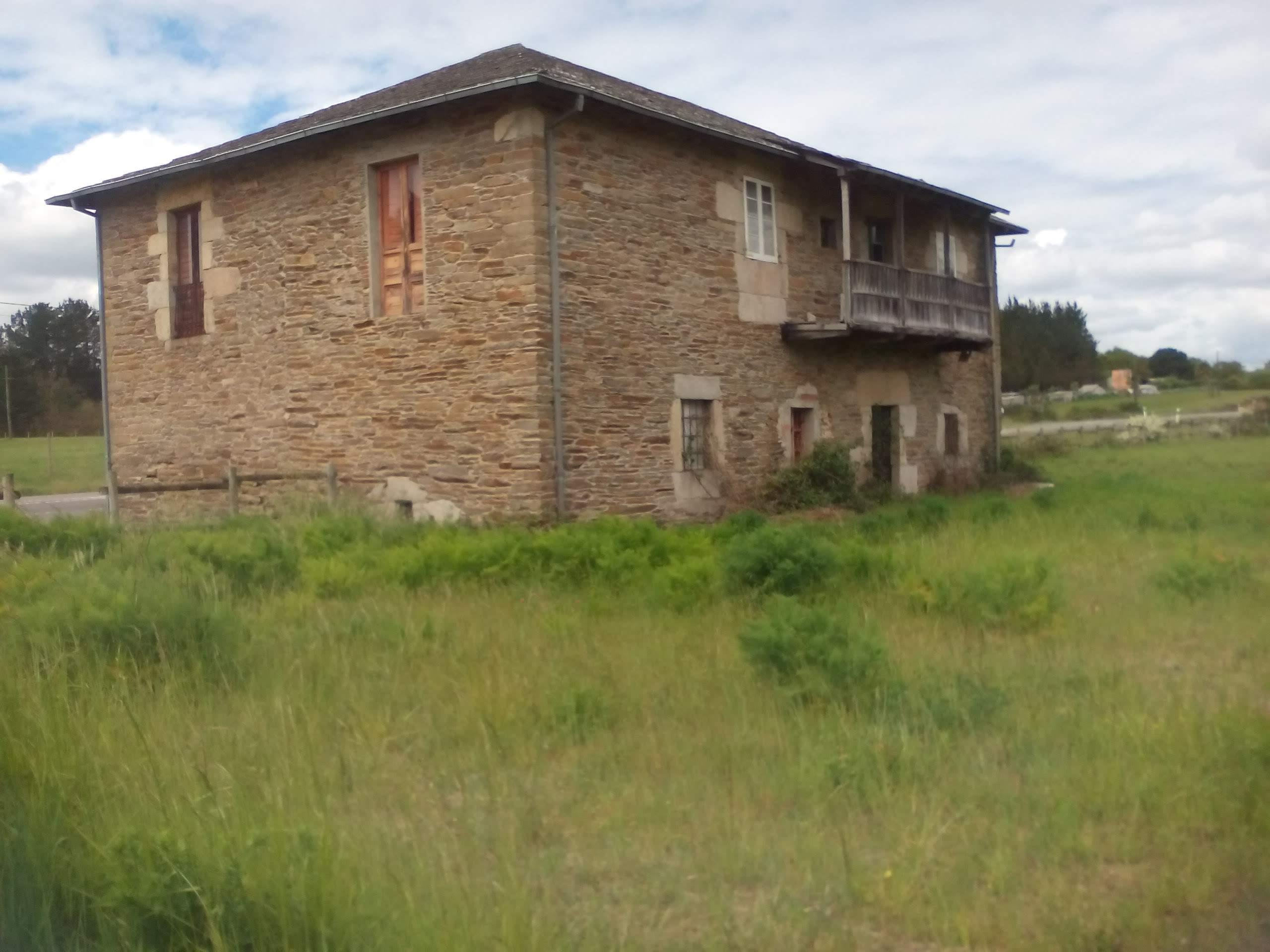 35412 – Casa en Sabarei para reformar