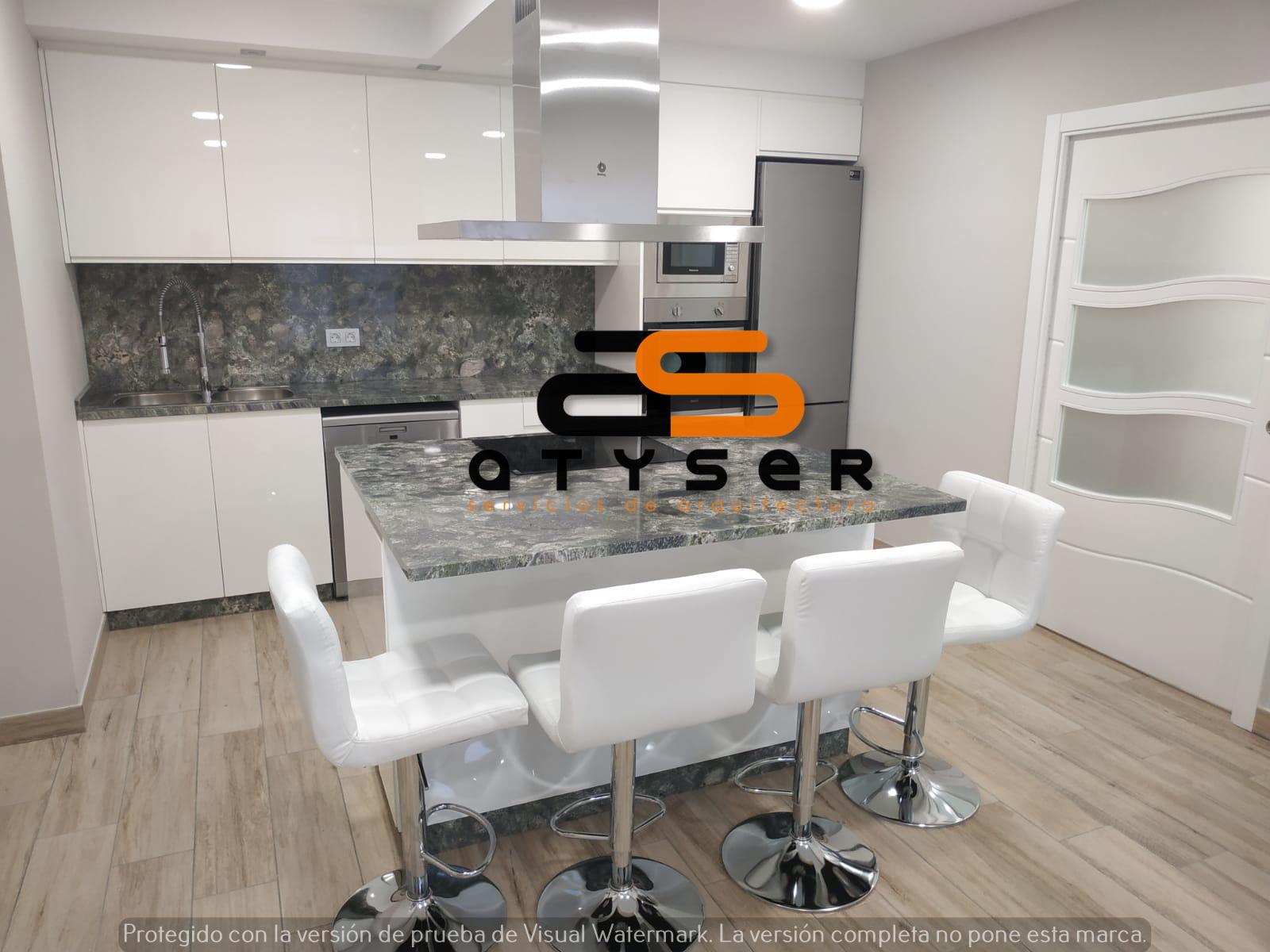 38933 – Apartamento en alquiler en Rúa Magnolia